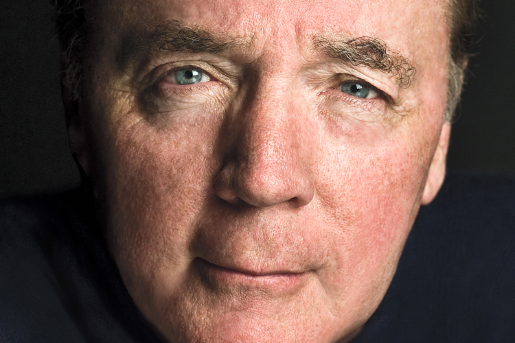 """James Patterson: """"Így írok olyan könyveket, amiket az olvasó nem bír letenni"""""""