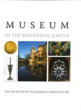 MUSEUM IN THE MILLENNNIAL CASTLE - Ekönyv - JÁNOS ESTÓK