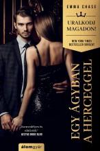 EGY ÁGYBAN A HERCEGGEL – URALKODJ MAGADON SOROZAT - Ekönyv - CHASE, EMMA