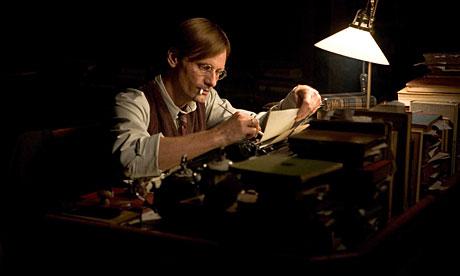 """""""Csak este van időm írni"""" - Nehézségek, amikkel egy írónak szembe kell néznie"""